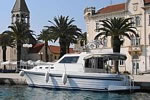 Adria 1002 v in front of the Trogir