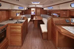 Bavaria 37 Cruiser salon