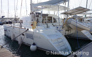 Lagoon 380 special offer 8