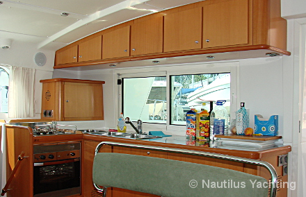Lagoon 440 - Salon - Galley